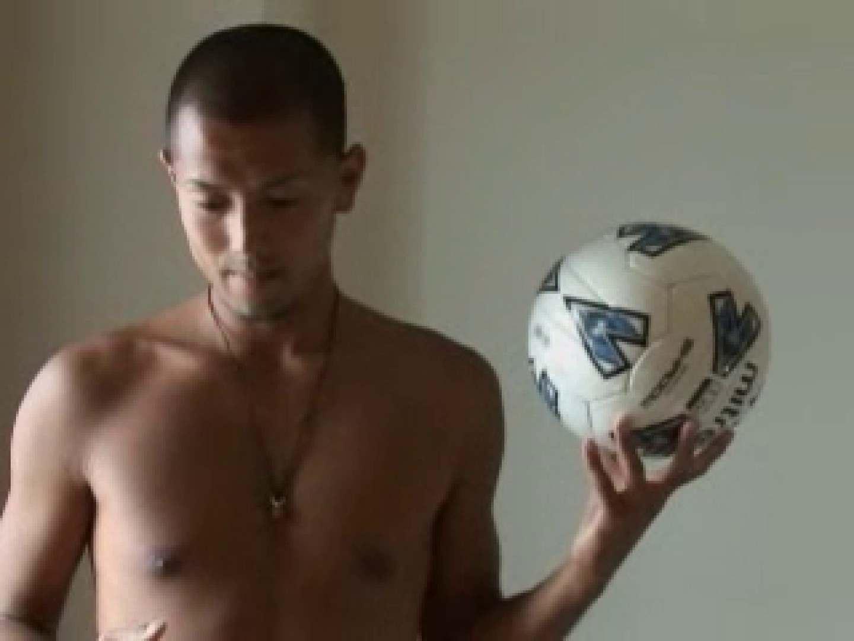 すっきり坊主のサッカー青年のイメージ撮影 エロエロ ゲイ丸見え画像 102pic 75